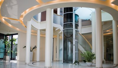 Home Elevator Company Residential Home Elevators Amp Lifts
